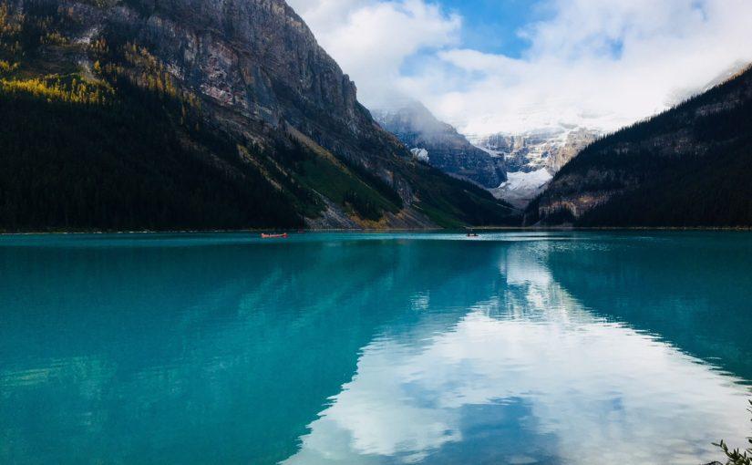 Banff, Alberta, Canadá: Montanhas Rochosas de motorhome, com crianças – os lagos
